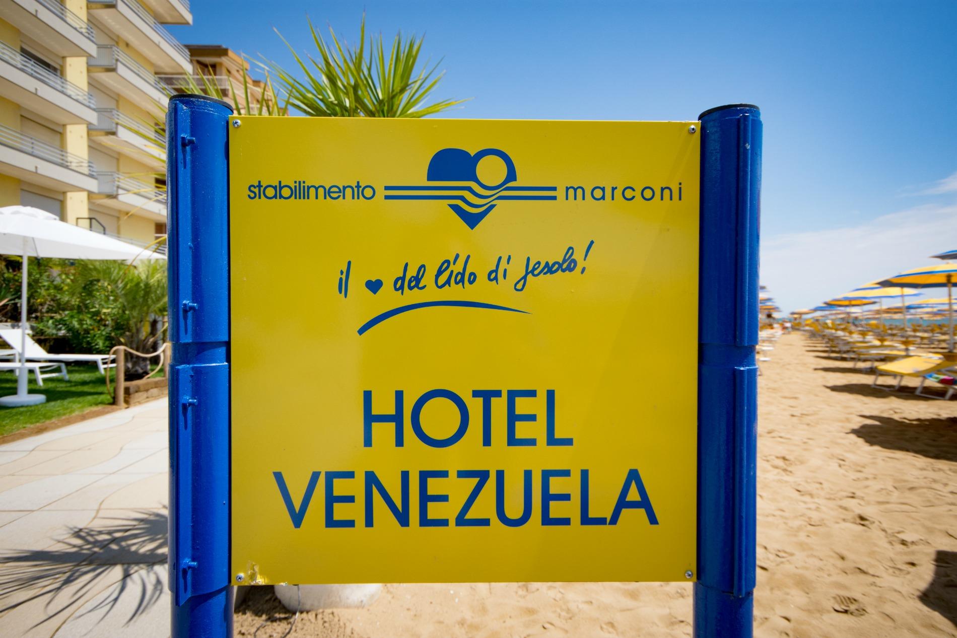 http://www.hotelvenezuela.it/wp-content/uploads/2016/02/spiaggia.jpeg